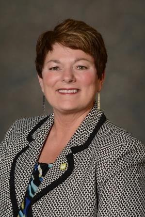 Northwest Bank Senior Vice President Cindy Dunaway